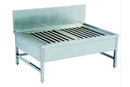 Pot Wash Sink with Griddled Lower Shelf
